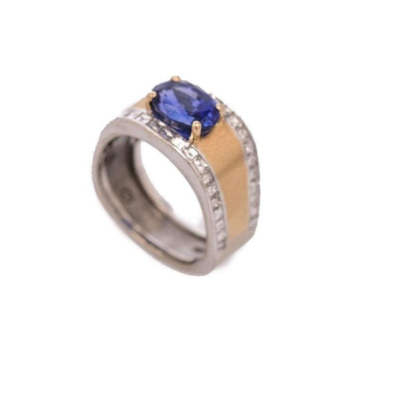 FoFo, die Juwelenbörse -  Ring   18 Karat Weiß- und Gelbgold   Saphir ca. 2.8 ct.  Diamanten ca. 1.50 ct.