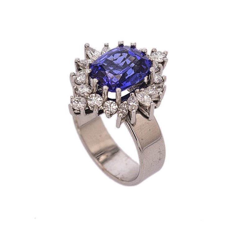 FoFo, die Juwelenbörse -  Ring | 18 Karat Weißgold | Tansanit ca. 5.00 ct. | Diamanten ca. 1.40 ct.