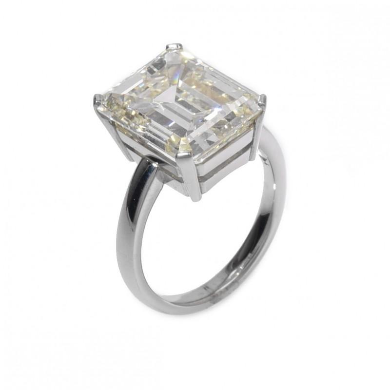FoFo, die Juwelenbörse -  Ring in Platin Diamant Emerald Cut Schliff 10,28 ct. L/Vvs2