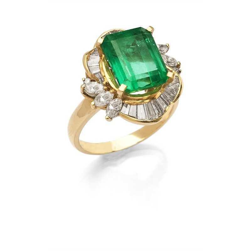 FoFo, die Juwelenbörse -  Ring in Gelbgold, Smaragd ca. 5,80 ct. , Diamanten