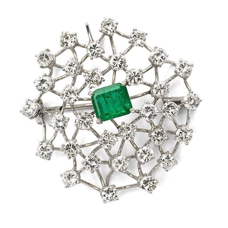 FoFo, die Juwelenbörse -  Brosche/Anhänger in Weißgold, Smaragd ca. 0,75 ct., Brillanten ca. 3,20 ct.