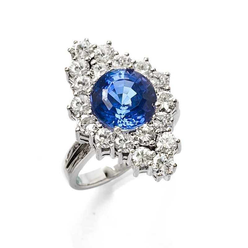 FoFo, die Juwelenbörse -  Ring in Weißgold mit Tanzanit ca. 3,30 ct., Diamanten